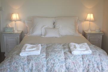 7.Main bed